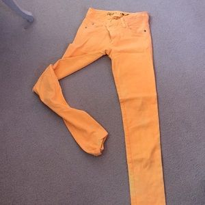 Alice and Olivia size 2 cool mango jeans.